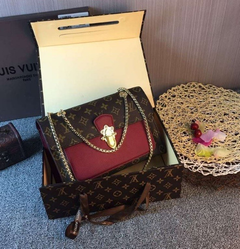 0128f1b0f Bolsa Feminina Louis Vuitton Victoire Complet Pronta Entrega