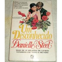 Um Desconhecido - Danielle Steel - Frete Grátis