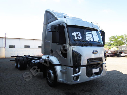 FORD CARGO 2423 2013 6X2 CHASSI - SB VEICULOS