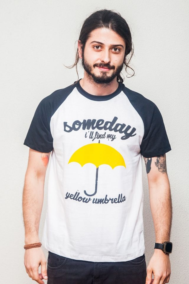 Camiseta How i met my yellow umbrella raglan How i met yo...