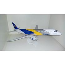 Maquete Em Resina Avião Embraer E Jets E190 E2