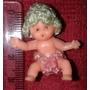 Micro Boneca Sentada 3cm Anos 80 Roupa De Crochê Sem Marca