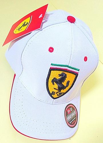 052b53e0f789d Boné Ferrari Scuderia Snapback Aba Curva F1 Sebastian Vettel