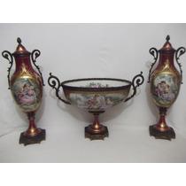 B. Antigo - Par Ânforas E Floreiro Porcelana Francesa Sévres