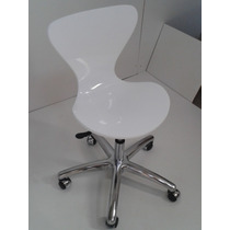 Cadeira Acrílica Jacobsen Office Giratória