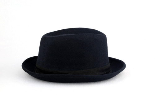 5f07000707038 Kit 16 Chapéus Fedora Preto Feminino Masculino Aba Curta