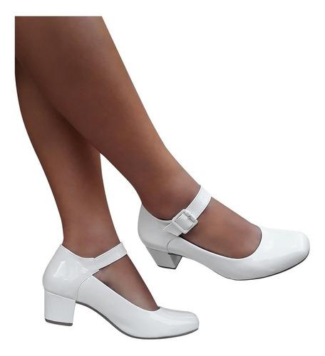eb6391847 Sapato Boneca Branco Ou Preto Bege Verniz Salto Baixo Grosso. R$ 69.98