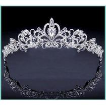 Tiara Coroa Noiva Debutante Strass Prateada Para Veu