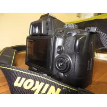 Câmera Fotográfica Nikon D5000 - Somente 503 Clickes