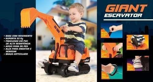 Trator Escavadeira Giant Gigante - Roma Brinquedos