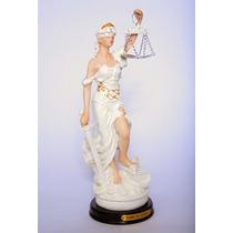 Estátua Deusa Da Justiça Dama Símbolo Direito Themis - 28 Cm