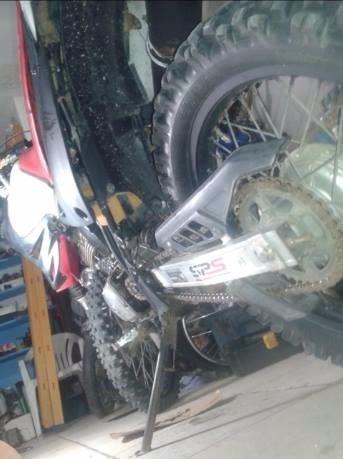 MOTO DE TRILHA 200CC