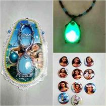 Colar Amuleto Moana Disney Toca Musica Som Barato Conto Fada