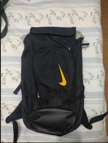 9fb7d569e Mochila Nike Modelo Montanha - Escalada