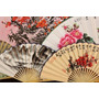 Poster (87 X 58 Cm) Paper Fans Fuli Village Paper Fan