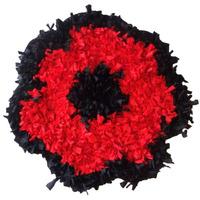 Tapete Artesanal Feito A Mão De Tiras De Tecido Em Croche