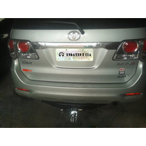 Engate (removível) Toyota Hilux Sw4