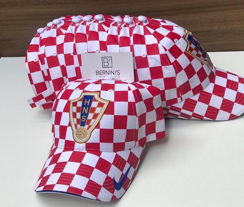 Bone Nike Croacia 2007 Quadriculado Na Etiqueta Raridade à venda em ... 00fcaa97a25