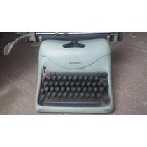 Maquina De Escrever Antiga Olivetti Lexikon 80