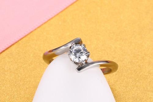 ac60750eea127 Anel Solitáriol Com Diamante Cz Aço 316
