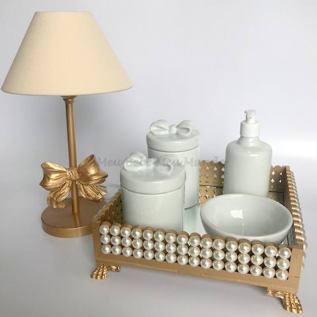 ca0bde2e5 Kit Higiene Bebê Porcelana Bebê Bandeja Espelho + Abajur em Belo ...