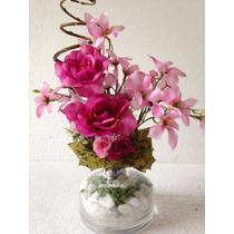 Arranjo De Flores Artificiais Com Rosas No Vidro