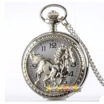 Relógio De Bolso Prateado Com Estampa De Cavalo Correndo