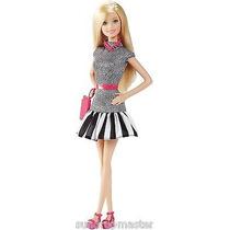Barbie Fashionista Listrada Doll 1 Lançamento Loira Nova