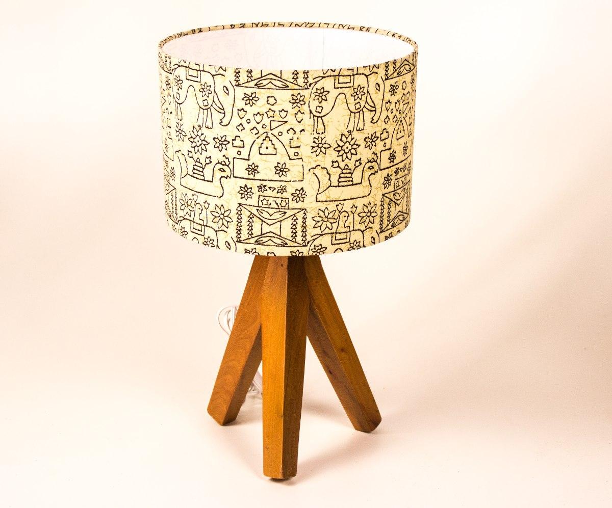 Abajur Tripé 45cm Base Madeira Reciclada E Cupula De Tecido R$ 189  #B96912 1200x997