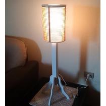 Luminária De Pé Branca