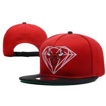 Boné Aba Reta Diamond Supply Snapback Vermelho E Preto Bulls