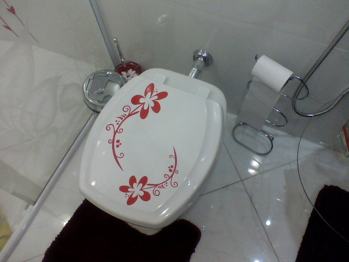 Adesivos Decorativos Para Banheiro / Lavabo / Vaso Sanitário R$ 9  #7E383C 1200x900 Banheiro Com Vaso Sanitario Azul