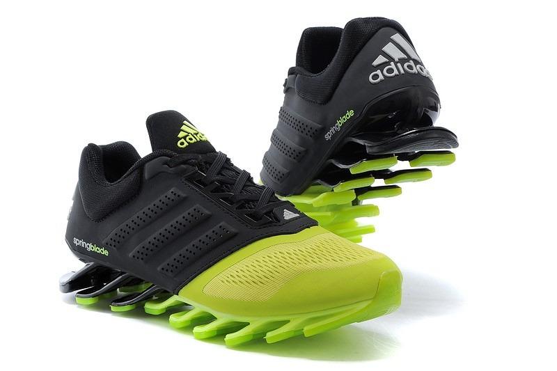 tenis adidas verde e preto