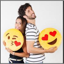 Almofada Emoji Emoticons Apaixonado Natal Beijo Coração
