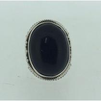 Anel Em Prata 0.950 Com Pedra Onix.
