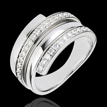 Anel Com Diamantes De 1 Pontos Em Ouro 18 Quilate