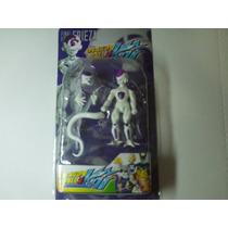 Dragon Ball Z Super - Boneco Articulado Freeza + Itens