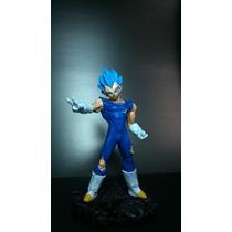 Estátua Vegeta God Em Resina - Dragon Ball Z