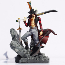 Boneco One Piece Dracule Mihawk 15cm