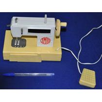 Antiga Máquina De Costura De Brinquedo Imcd Funcionando Top