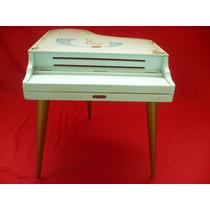 Piano - Brinquedo Antigo - Estrela - 1960 - Três Pernas