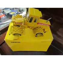 Brinquedo Supermini Arpra Na Caixa Escala 1:50 Trator