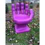 Cadeira Plastica Formata Mão Decorativa - Roxa