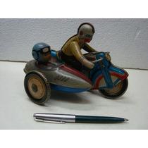 Antiga Motocicleta De Lata E A Corda Com Side Car Brinquedo