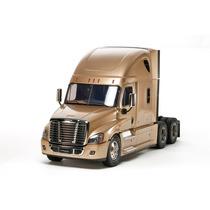 Caminhão Tamiya 1/14 Cascadia Evo Freightline 6x4 Kit 56340