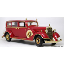 1:18 Tudor 1932 Cadillac Puyi Ultimo Imperador China Sunstar
