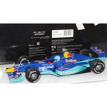 1:18 Minichamps Red Bull Sauber Showcar 2000 Mika Salo