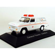 Miniatura Chevrolet Veraneio Ambulância 1:43 Ixo