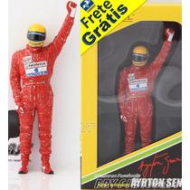 1/18 Tsm Figura Ayrton Senna Celebrando Vitória F1 Anos 90