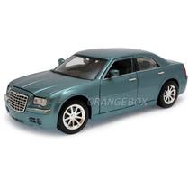 Chrysler 300c Hemi 1:18 Maisto Special Edition #31120-azul
